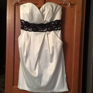Speechless|| Sweetheart Short Dress